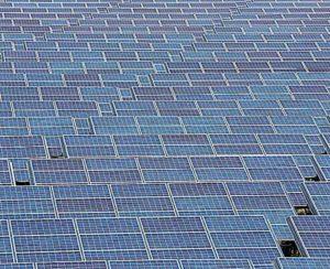 Americanas amplia uso de energia limpa com geração solar